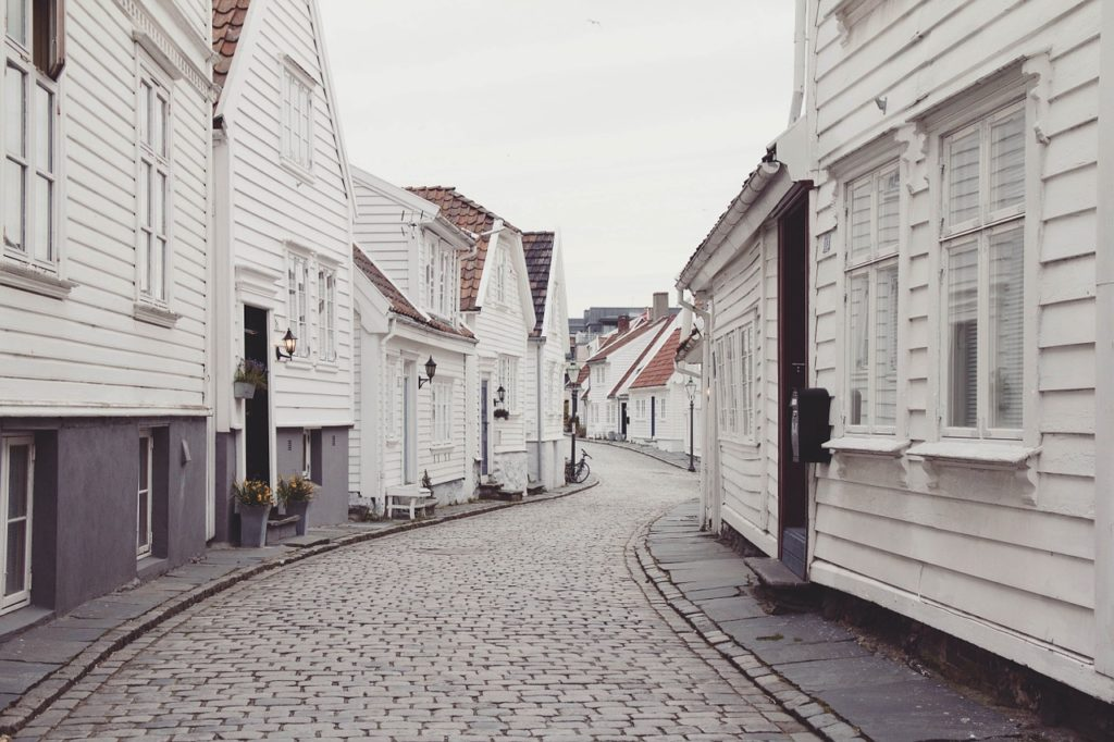 picture of houses