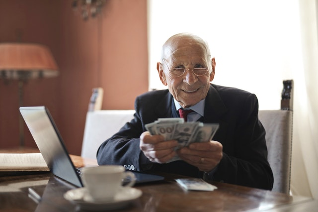 How to Be Financially Ready for a Comfortable Retired Life